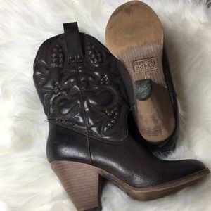 Shoes - Girl MIA Cowgirl Boots
